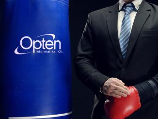 Opten - Box Still 03